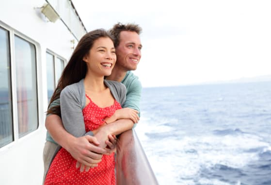 spend-your-honeymoon-vacation-on-a-yacht