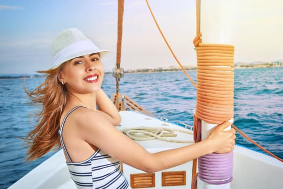 Dressing Stylishly and Comfortably During a Boat Ride