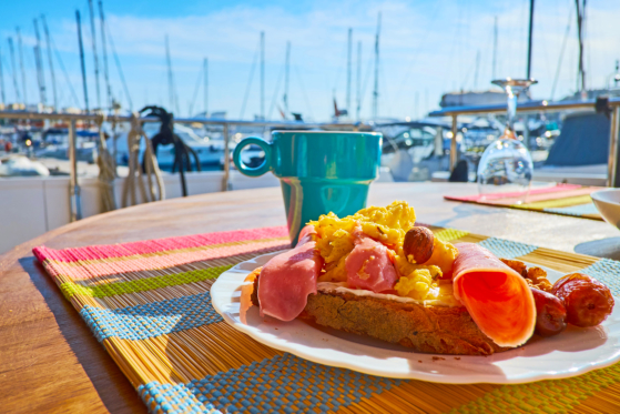 Food Tastes Better in a Yacht!